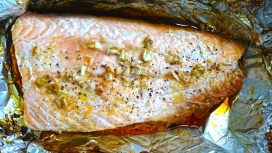 Teriyaki salmon in parcel